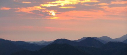 cropped-gaming-sunrise2.jpg